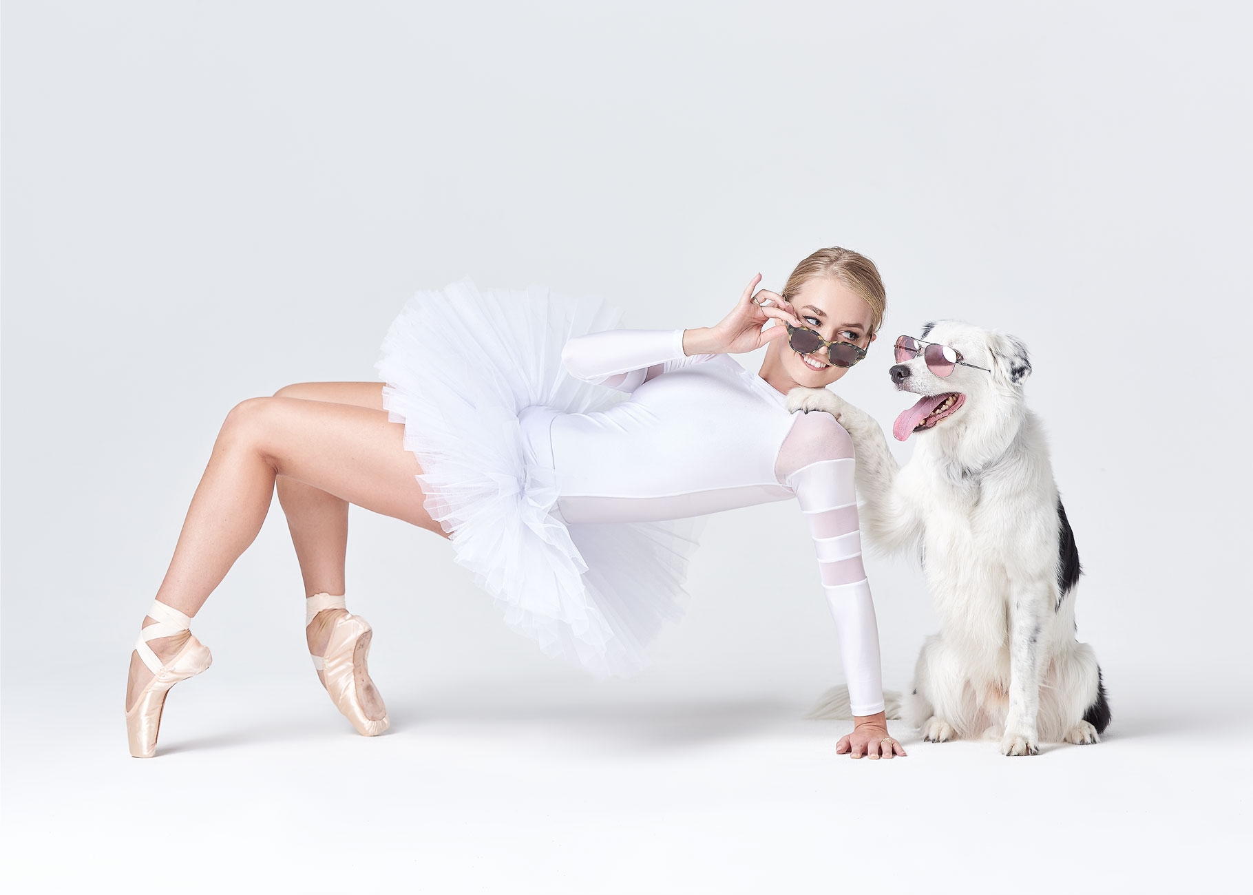 Dancers_and_Dogs_11