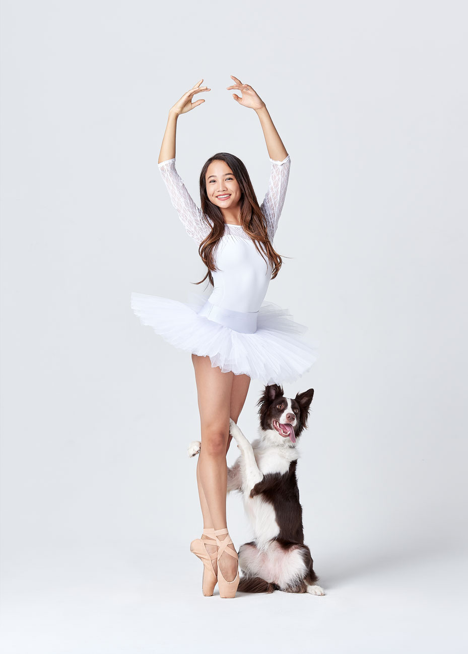 Dancers_and_Dogs_12