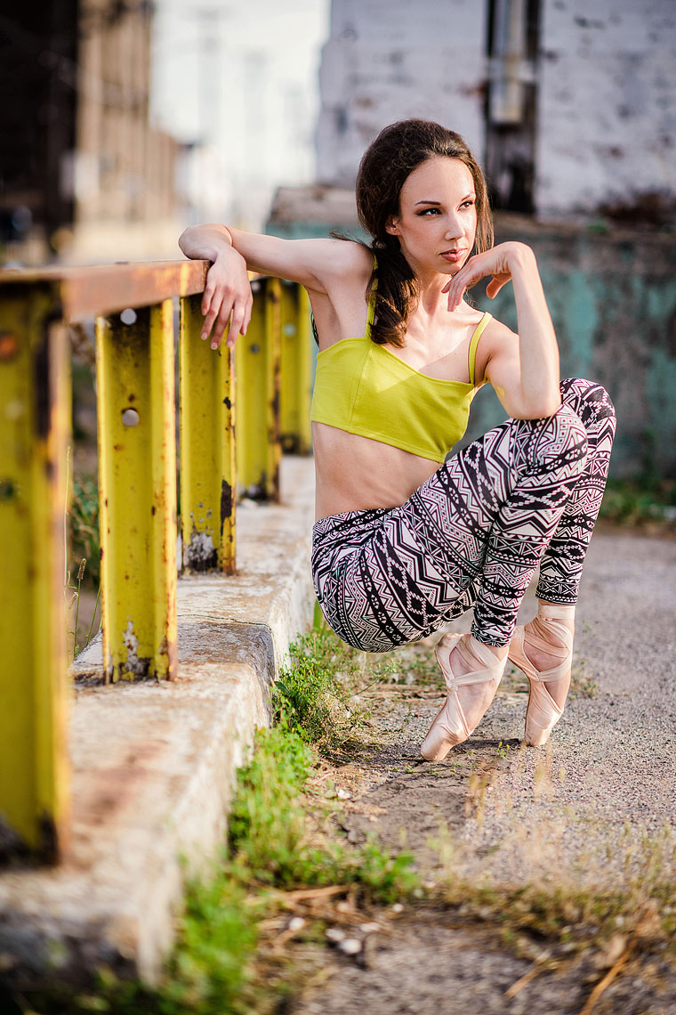 Urban_Ballet_Portrait_Yellow